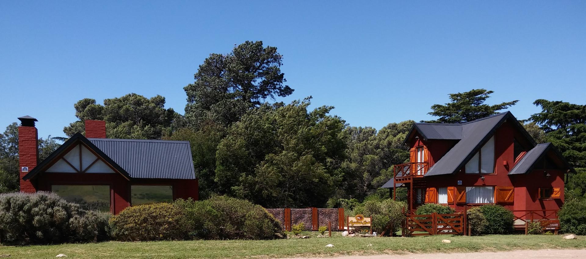 Cabaña Ayutun Hue en el punto panorámico de Villa Ventana, frente al Cerro Napostá