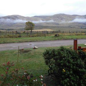 Las nubes bajas frente al cerro son muy frecuentes y es un espectáculo aparte ya que van cambiendo de formas y colores conforme a la hora del día