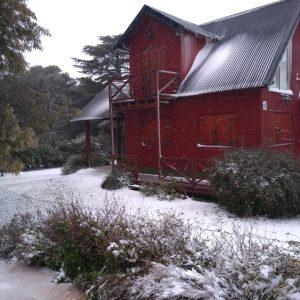 reciente nevada en cabaña Ayutun Hue