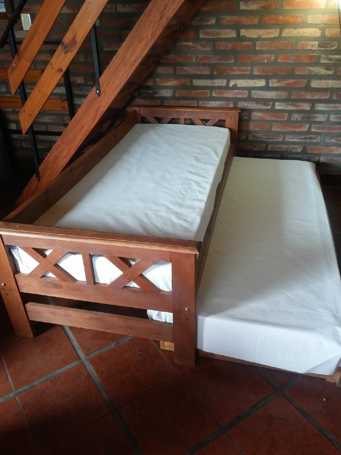 Zofá cama protegido contra el Covd19